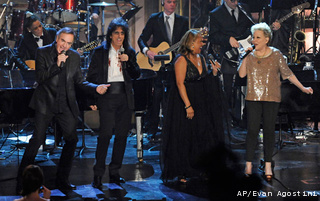 Rock-and-Roll-Hall-of_Gree_20110315041108_320_240