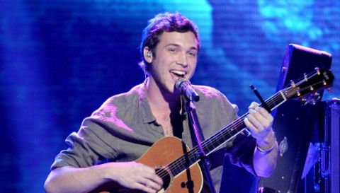 American-idol-2012-top-3-phillip-phillips